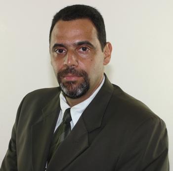 Marcus da Costa Ferreira é juiz de Direito da 3ª Vara Cível de Anápolis; presidente da 1ª Turma Recursal dos Juizados Especiais; diretor para o Centro-Oeste ... - marcusdacostaferreira(1)